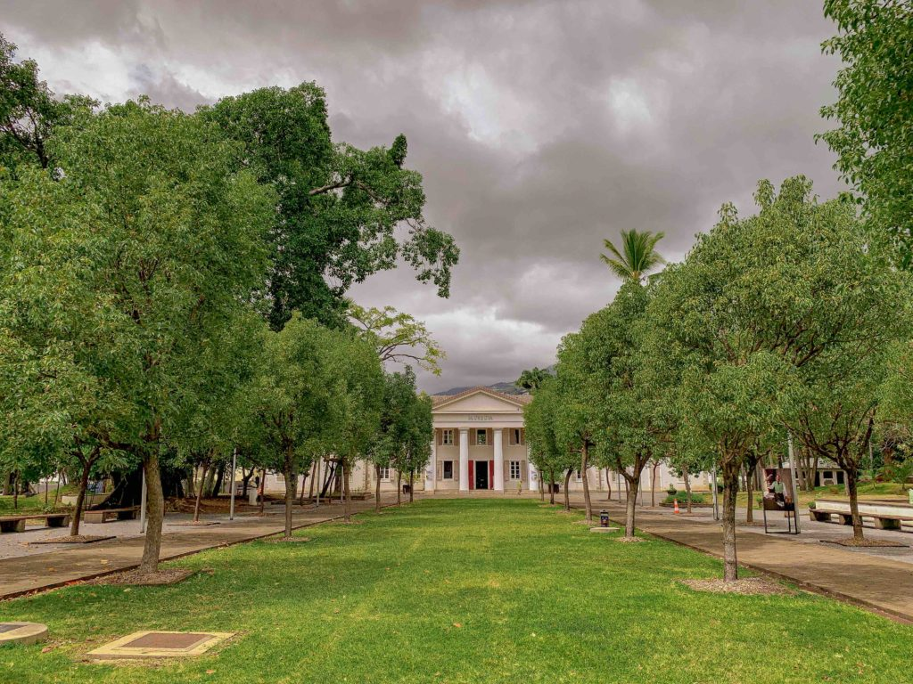 jardin de l'état saint denis