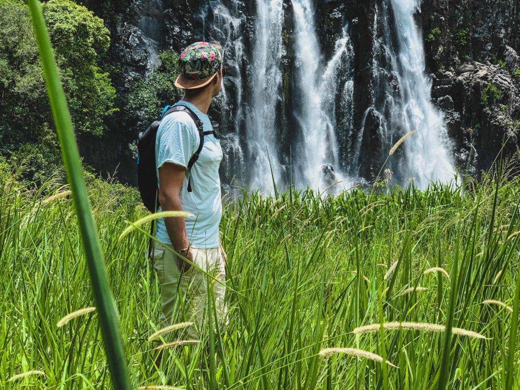 cascade niagara dans le nord de La Réunion